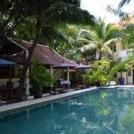 piscine et resto-bar