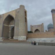 portail d'entrée de la mosquée Bibi Khanoum