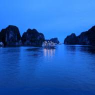 Baie Halong de nuit