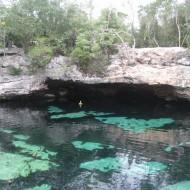 Celle-ci est paradisiaque, c'est la cenote azul