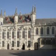 la façade de l'hôtel de ville de Bruges