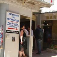 L'accès au guichet de l'Ascenseur de Rocamadour