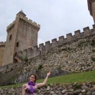 En montant au château