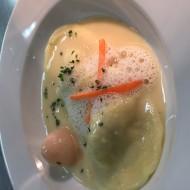 Ravioles cher de crabe et son coulis gingembre litchis
