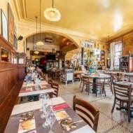 Un resto/brasserie à l'ancienne, à quelques minutes des commerces de la Porte Louise
