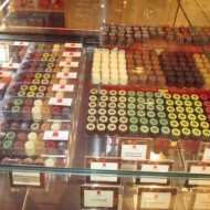Vitrine intérieure : chocolats