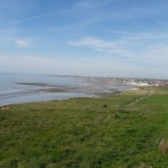 les plages de Wimereux avec la ville en arrière plan