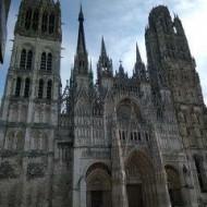 La façade de la cathédrale Notre-Dame.