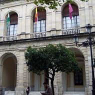 Séville, Ayuntamiento, façade néoclassique